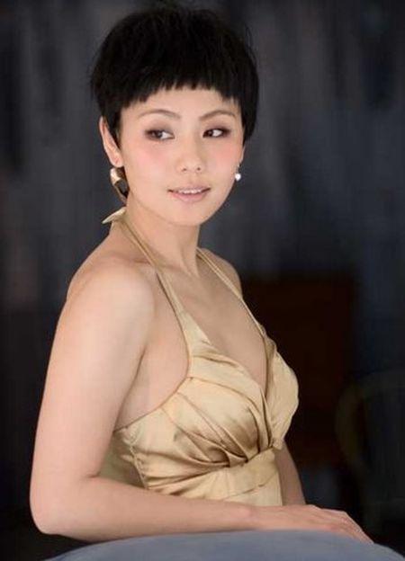 Kho tin Lieu Hong 'Hoan Chau Cach Cach' U40 non na 'an dut' gai 20 - Anh 4