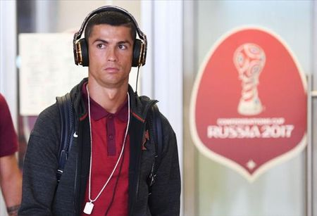 Cris Ronaldo noi gi khi Zidane nai ni anh o lai Real Madrid? - Anh 1