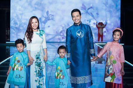 MC Phan Anh an can cham soc con gai lam mau nhi - Anh 7