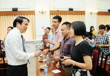 Bo GD&DT gap go bao chi nhan ngay 21/6 - Anh 1