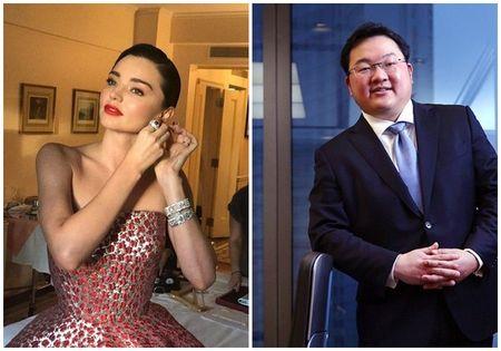 Miranda Kerr co the se phai hoan tra lai toan bo kim cuong va trang suc ma ty phu Malaysia tang - Anh 1