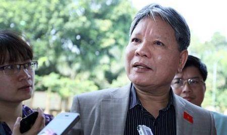 Nguyen Bo truong Tu Phap Ha Hung Cuong da tra nha cong vu - Anh 1