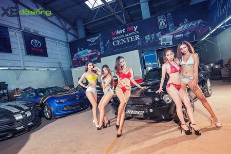 Dan my nu Sai Gon do dang voi Mustang, Camaro va Corvette - Anh 1