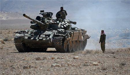 IS thua tran, quan doi Syria gianh lai hang loat thi tran chien luoc o Raqqa - Anh 1