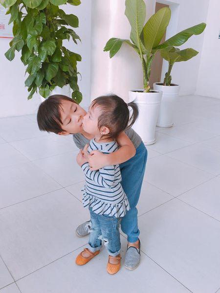 Ba 'sao' cham con dau long - Ky 1: Ly Hai, U.50 nhieu con nhat showbiz Viet - Anh 6