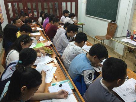 Gan 3.900 thi sinh dang ky du tuyen lop 6 Truong THPT chuyen Tran Dai Nghia - Anh 1