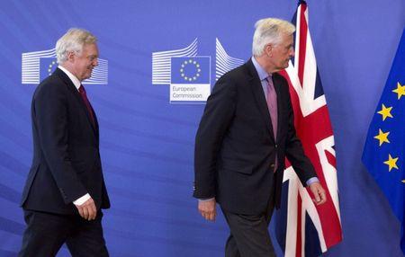 Anh-EU bat dau dam phan Brexit - Anh 1