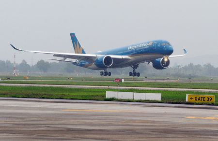 Vietnam Airlines se phat thanh them co phieu de mua may bay moi - Anh 1
