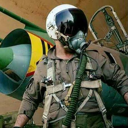 Phat dong ca dot tan cong giai cuu phi cong Su-22 - Anh 1