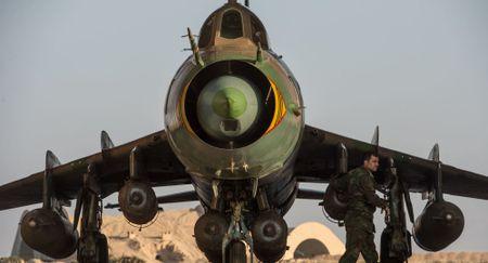 LHQ canh bao: Su-22 bi ban roi, xung dot Syria nguy co bung no - Anh 1