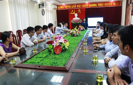 32 hoc sinh o Nghe An duoc mien thi THPT quoc gia 2017 - Anh 1