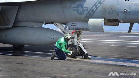 Cuoc song 'khong nhu mo' tren tau san bay My USS Ronald Reagan - Anh 5