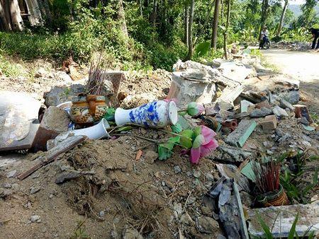 Quang Nam: Sai pham trong viec nang cap nghia trang liet si - Anh 2