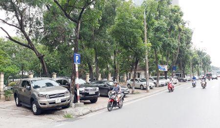 Phat trien giao thong tinh Ha Noi: 14 nam van dang do - Bai 4: Thao go chinh sach, thay doi tu duy - Anh 1