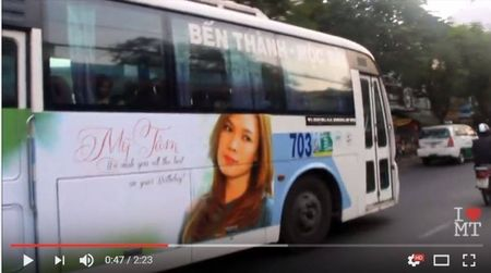Fan My Tam to fan Son Tung dao y tuong thue xe bus treo hinh than tuong - Anh 6