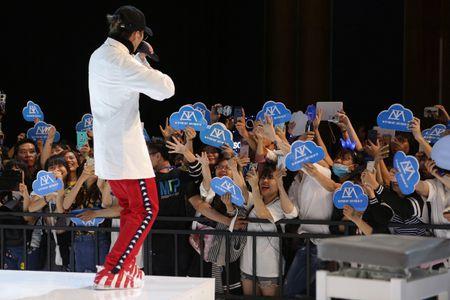 Mong doi gi tu Fan meeting 'khung' voi 5000 fan cua Son Tung vao thang 7 toi? - Anh 4