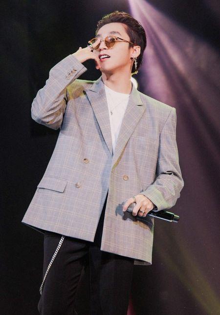 Mong doi gi tu Fan meeting 'khung' voi 5000 fan cua Son Tung vao thang 7 toi? - Anh 9