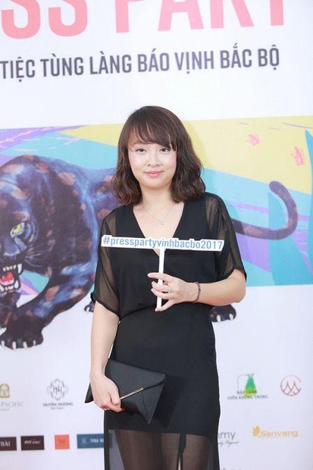 Xuan Bac, Phan Anh 'phat cuong' vi do goi cam cua Thu Minh - Anh 12
