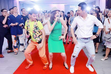 Xuan Bac, Phan Anh 'phat cuong' vi do goi cam cua Thu Minh - Anh 4