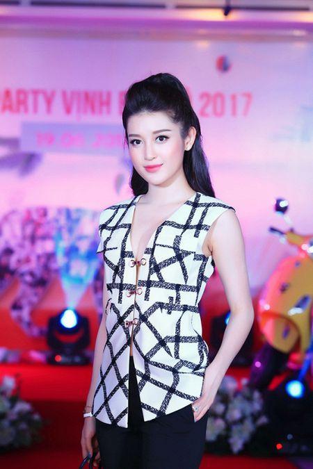 Xuan Bac, Phan Anh 'phat cuong' vi do goi cam cua Thu Minh - Anh 8