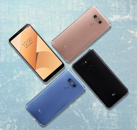 LG ra mat G6+ bo nho 128GB, mau sac va tinh nang moi cho G6 - Anh 2