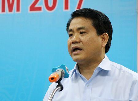 Ong Nguyen Duc Chung noi ve vu chat 1.300 cay o Ha Noi - Anh 1