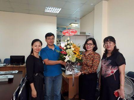 So TTTT Ha Noi chuc mung bao Phap Luat TP.HCM - Anh 1