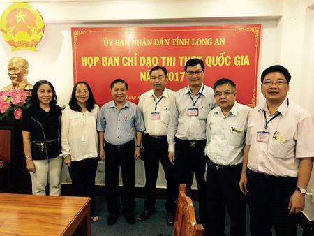 Giang vien Sai Gon vuot hon 600 km ve tinh coi thi THPT quoc gia - Anh 1