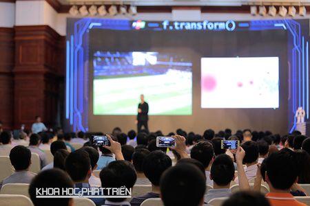 Lam bao thoi Industry 4.0: Cong nghe phai nhu nguoi tinh - thau hieu va lam doc gia 'suong' - Anh 1