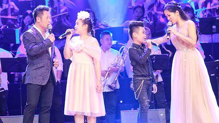 Live show 'Tuoi tho toi': Co nhung Bang Kieu, Hong Nhung rat khac - Anh 2