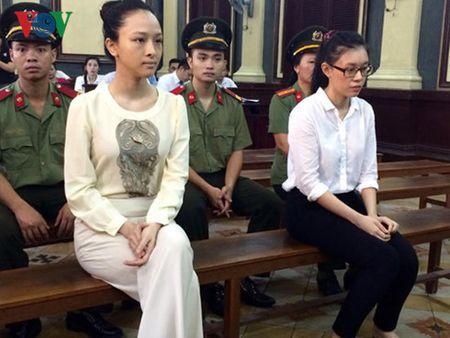 Ngay 22/6, Hoa hau Truong Ho Phuong Nga tiep tuc hau toa - Anh 1