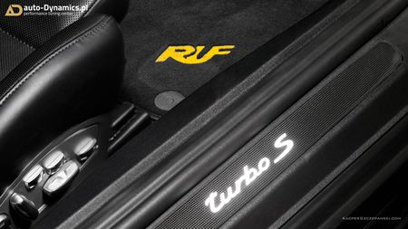 Porsche 911 Turbo S do phong cach Dark Knight 'cuc doc' - Anh 8