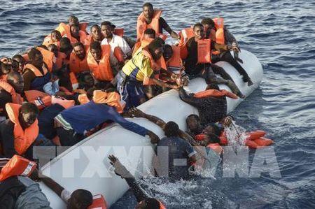 UNHCR: Co 65,6 trieu nguoi phai ly tan vi xung dot bao luc - Anh 1