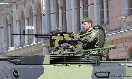 Ngac nhien: Viet Nam che tao vu khi phu xe tang T-90S - Anh 8