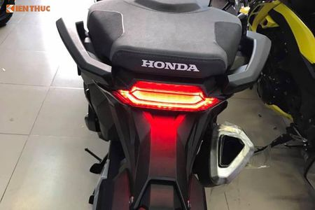 Dan sieu xe tay ga Honda X-ADV gia 560 trieu tai VN - Anh 7