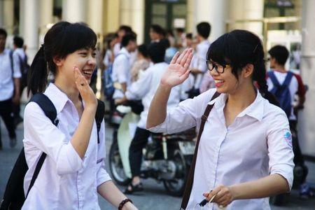 Hang tram thi sinh trung tuyen vao Truong DH Su pham Ho Chi Minh - Anh 1