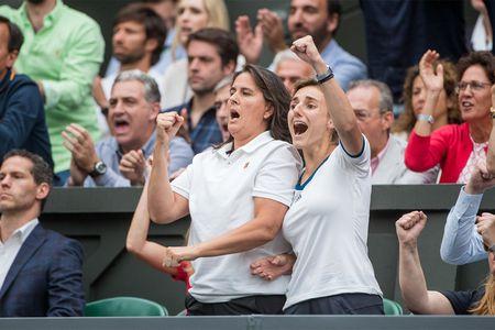 Thang Venus nhanh va de dang, Muguruza dang quang Wimbledon 2017 - Anh 5