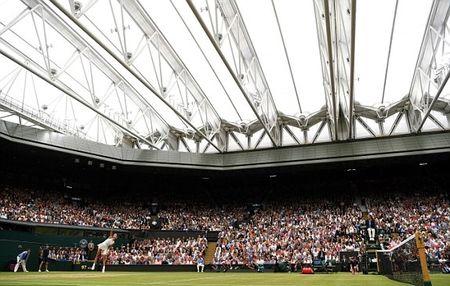 Thang Venus nhanh va de dang, Muguruza dang quang Wimbledon 2017 - Anh 6