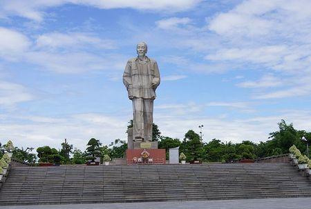 Quang Binh: Du kien dau tu 128 ty dong xay tuong dai Chu tich Ho Chi Minh - Anh 2