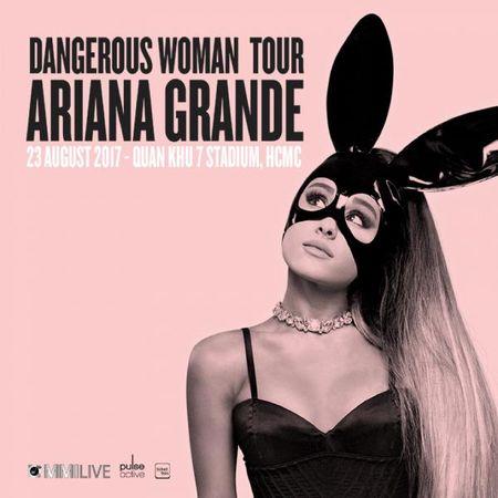 Thuc hu chuyen hang xe may Yamaha Grande tang ve mien phi den show Ariana Grande? - Anh 1
