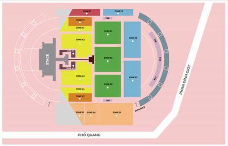 Thuc hu chuyen hang xe may Yamaha Grande tang ve mien phi den show Ariana Grande? - Anh 2