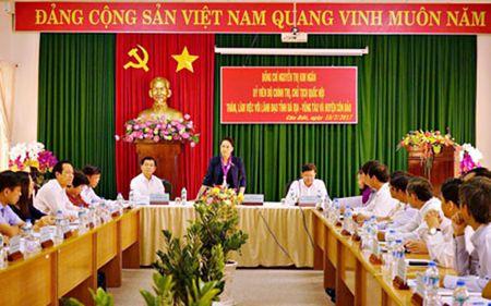 'Co nhung van de Con Dao co the lam duoc, khong can Trung uong' - Anh 1