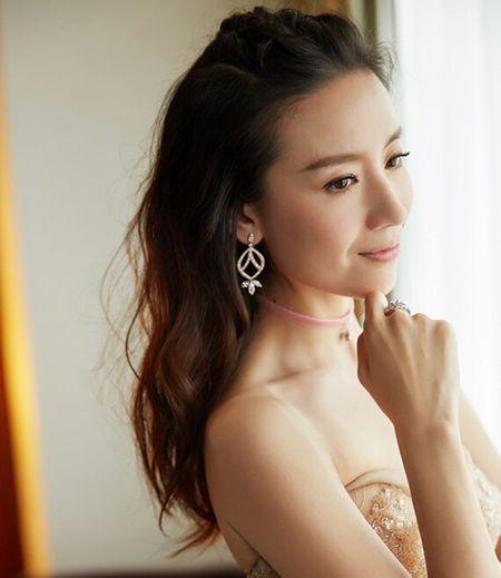 4 my nhan bi hat hui vi scandal ngoai tinh - Anh 13
