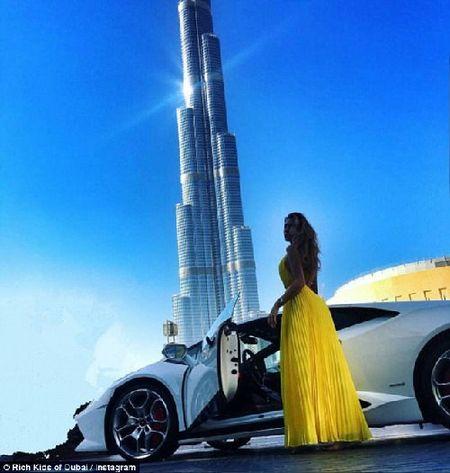 Phat them voi du thuyen, sieu xe cua con nha giau Dubai - Anh 3