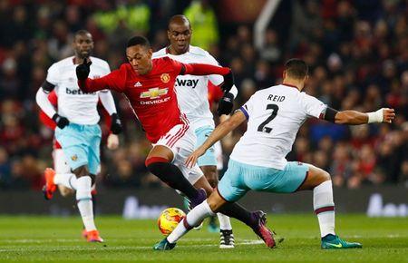 Perisic den Man Utd: Lua chon hoan hao cua Mourinho? - Anh 2