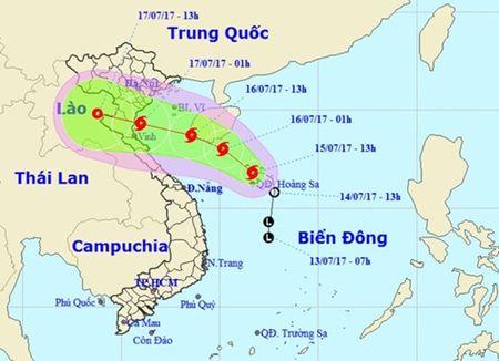Bao so 2 huong vao dat lien mien Bac: Khan truong ung pho - Anh 1
