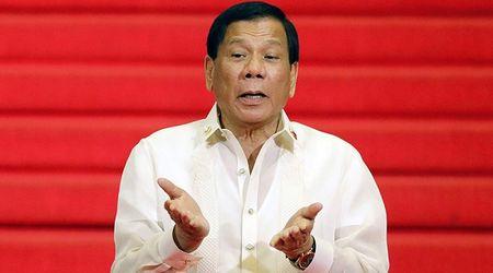 Tong thong Philippines Duterte phat ngon gay soc ve Hoa hau Hoan vu - Anh 1