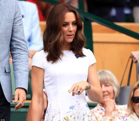 Wimbledon: Hoang gia Anh va dan VIP khung xem Federer - Cilic - Anh 2