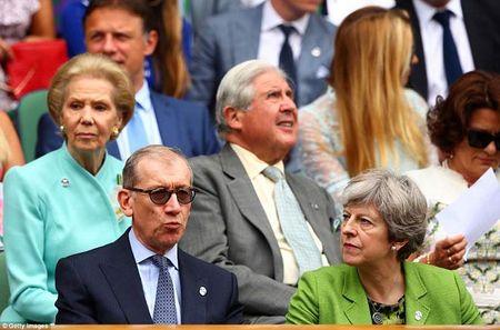 Wimbledon: Hoang gia Anh va dan VIP khung xem Federer - Cilic - Anh 4