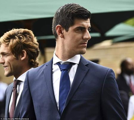 Wimbledon: Hoang gia Anh va dan VIP khung xem Federer - Cilic - Anh 6